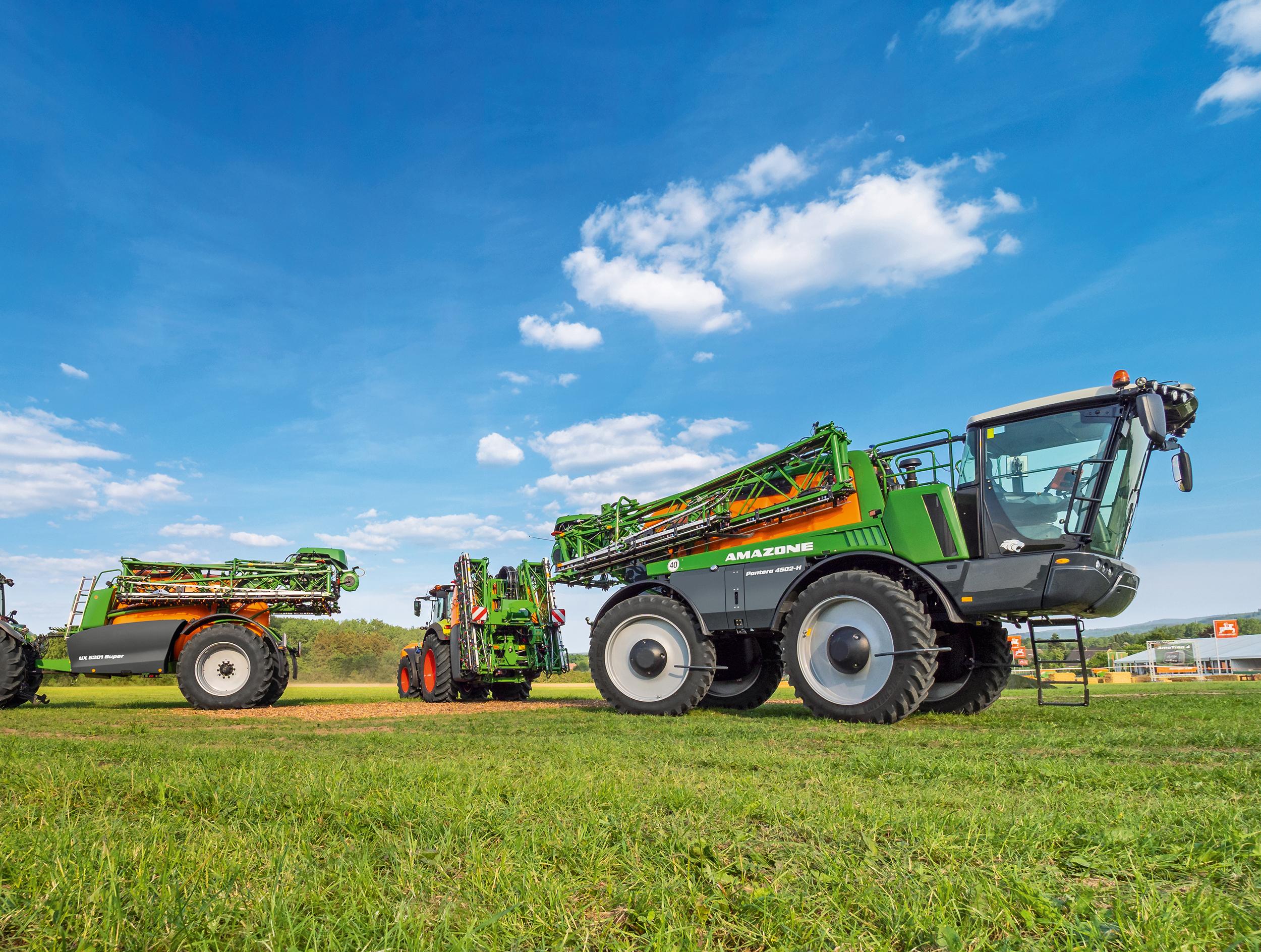 Amazone UF är växtskyddssprutan för dig som värdesätter ett kompakt ekipage med hög kapacitet.
