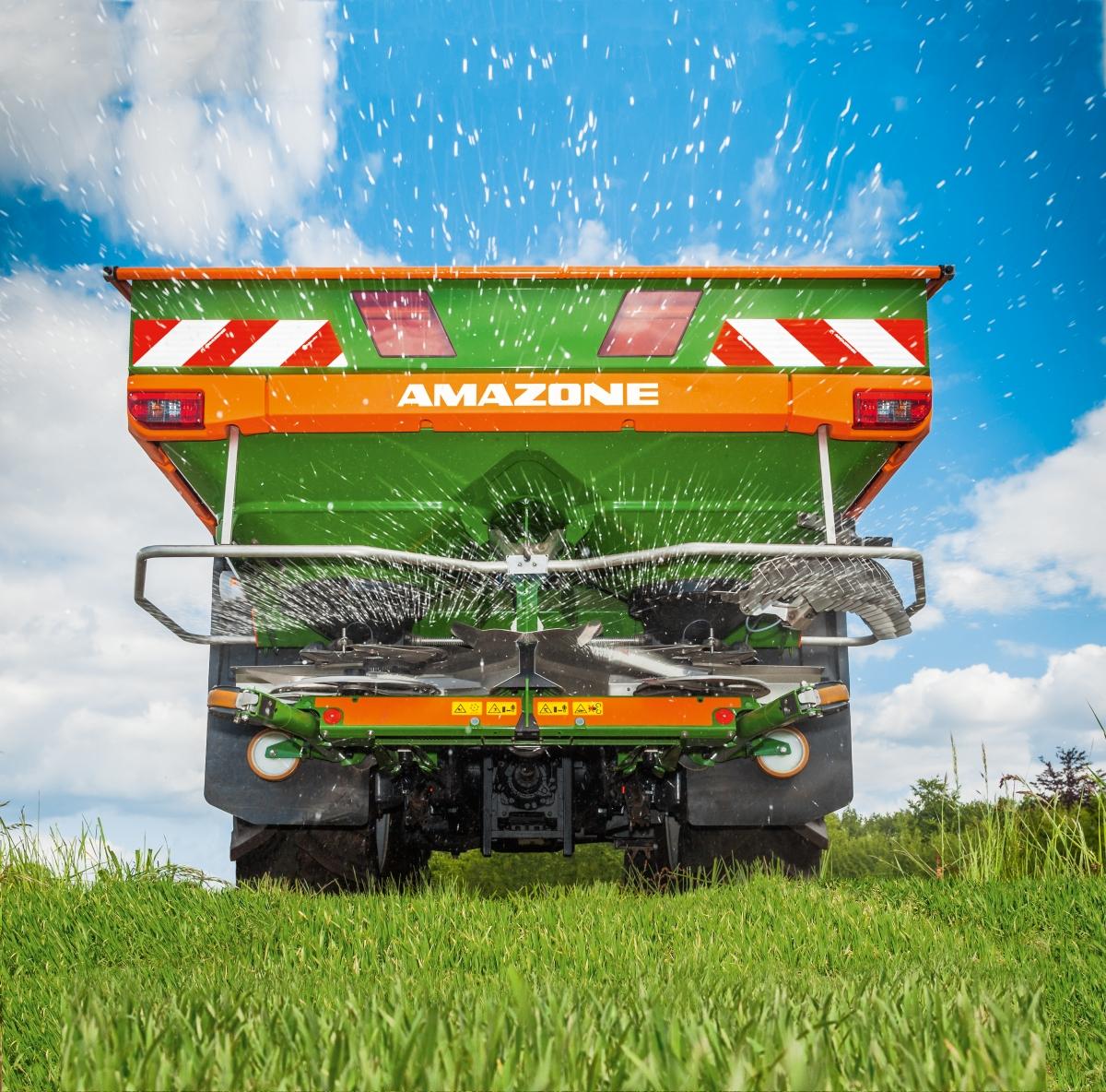 Amazone ZA-V är en av de modernaste gödselspridarna i klassen.